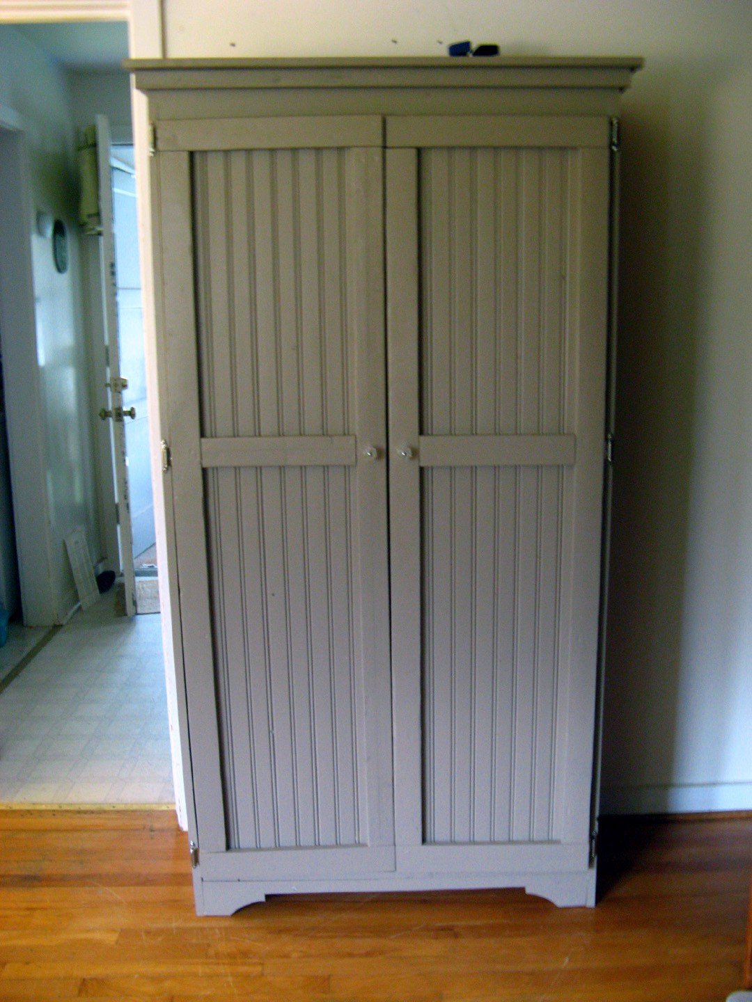 Entry Coat Closet