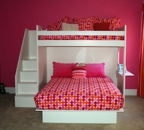 Full size kid bed