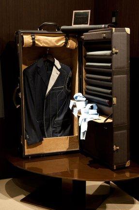 modern storage trunk - Wardrobe Trunk