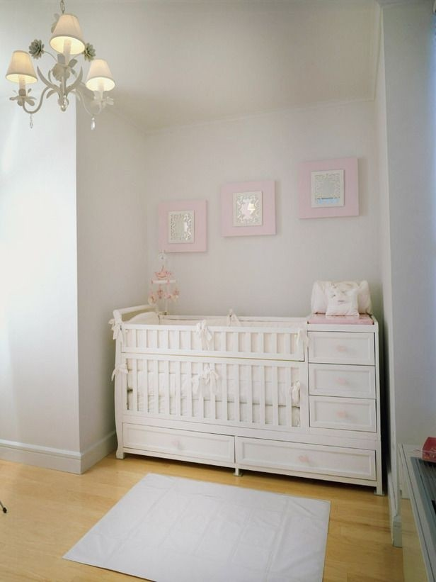Crib with storage drawer 2