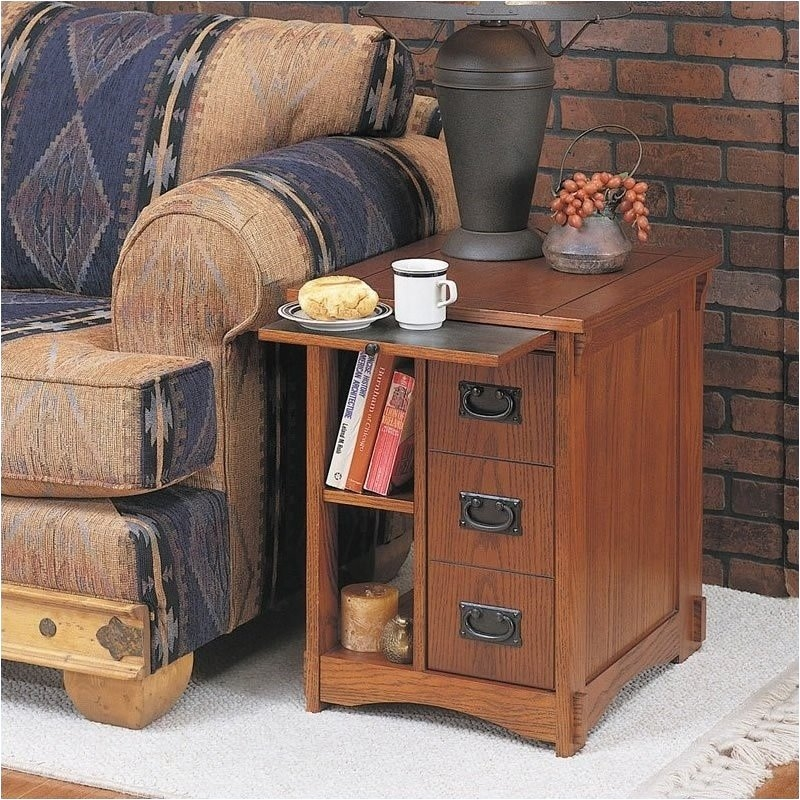 Superieur End Table With Magazine Rack 2