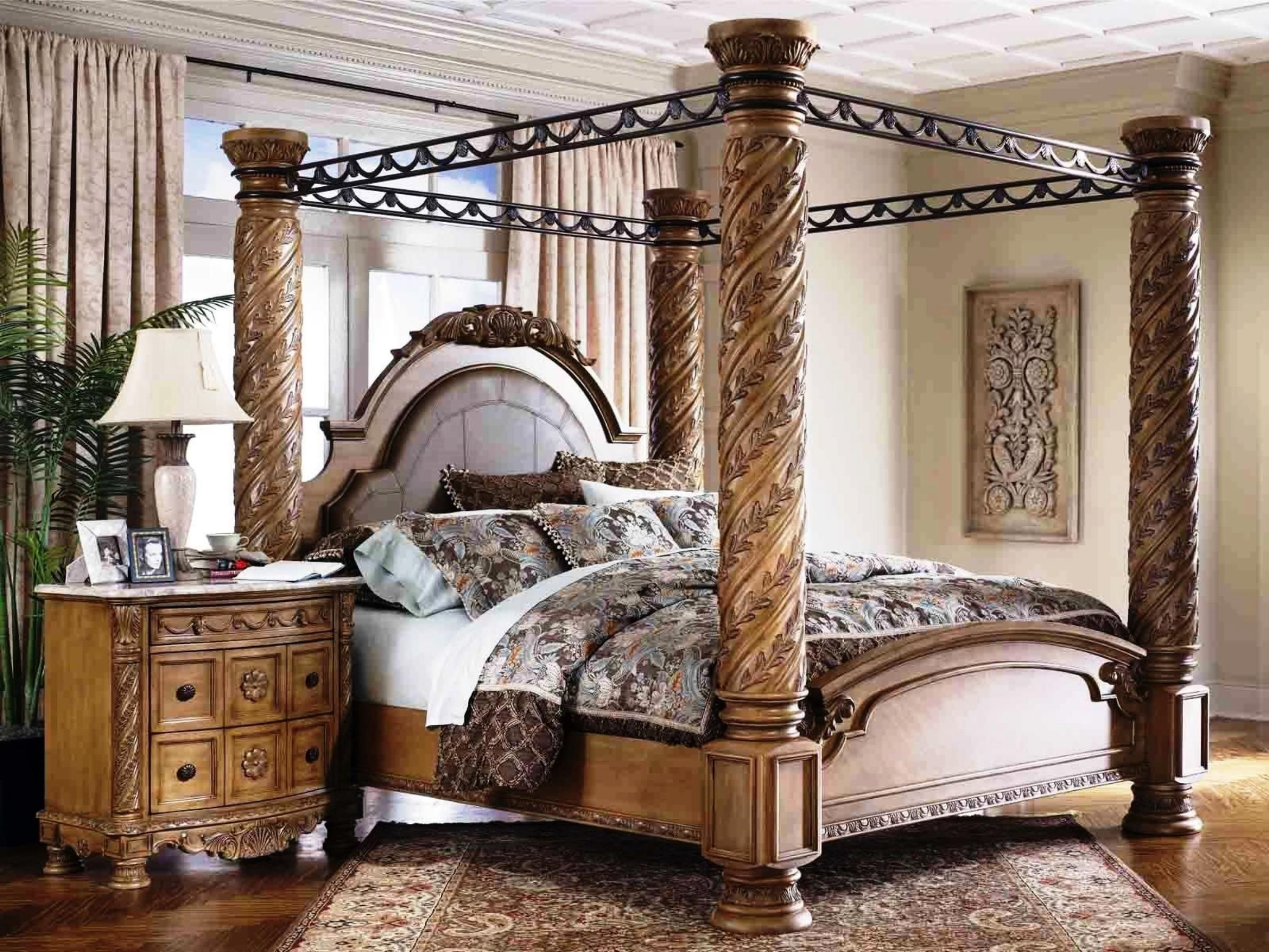 Perfect Four Poster King Bed Sets
