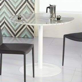 Round white marble dining table 1