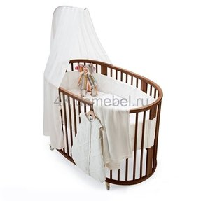 Baby bed with wheels