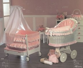 Baby cribs on wheels