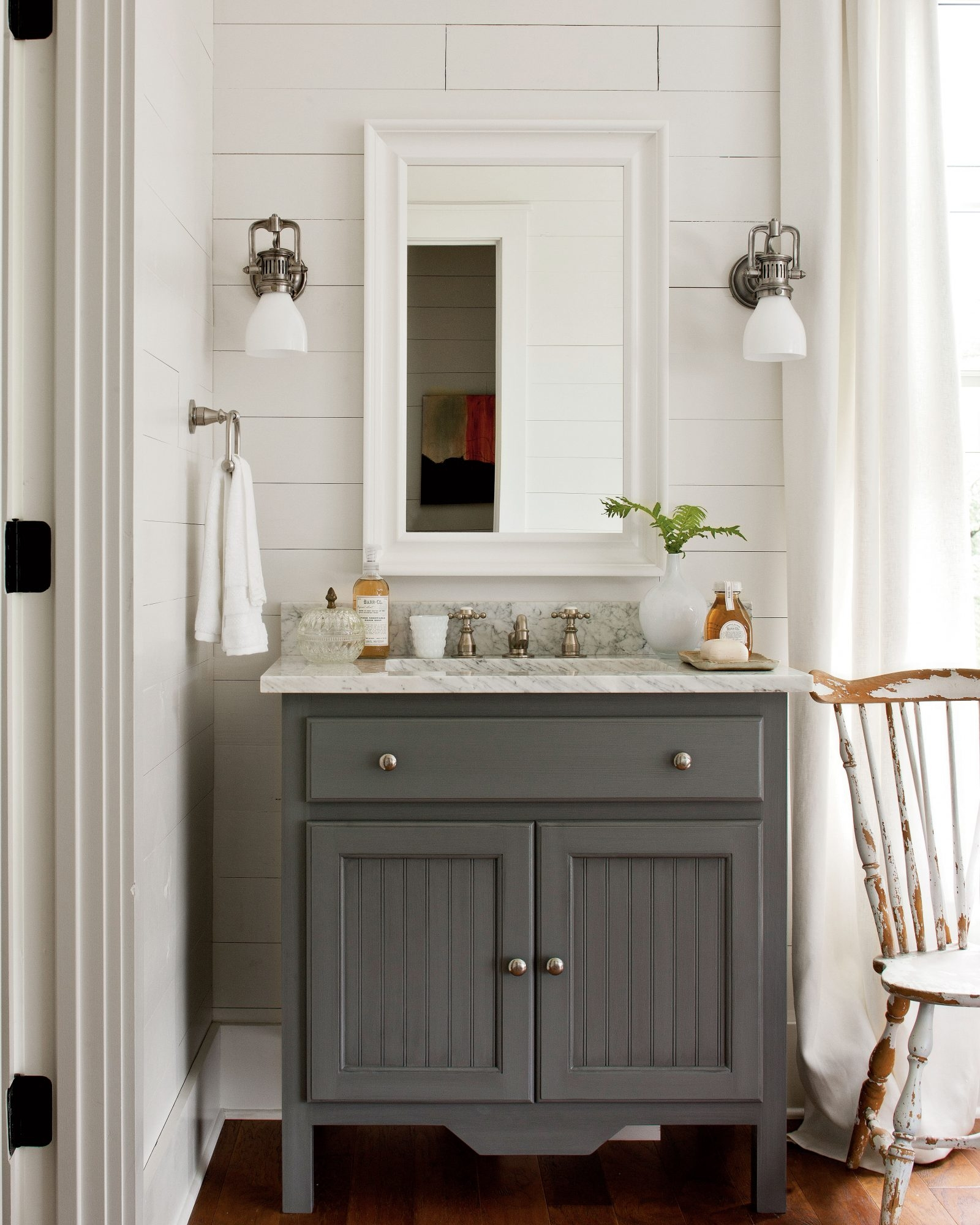 coastal bathroom vanities ideas on foter rh foter com Country Bathroom Storage Rustic Cottage Style Bathrooms
