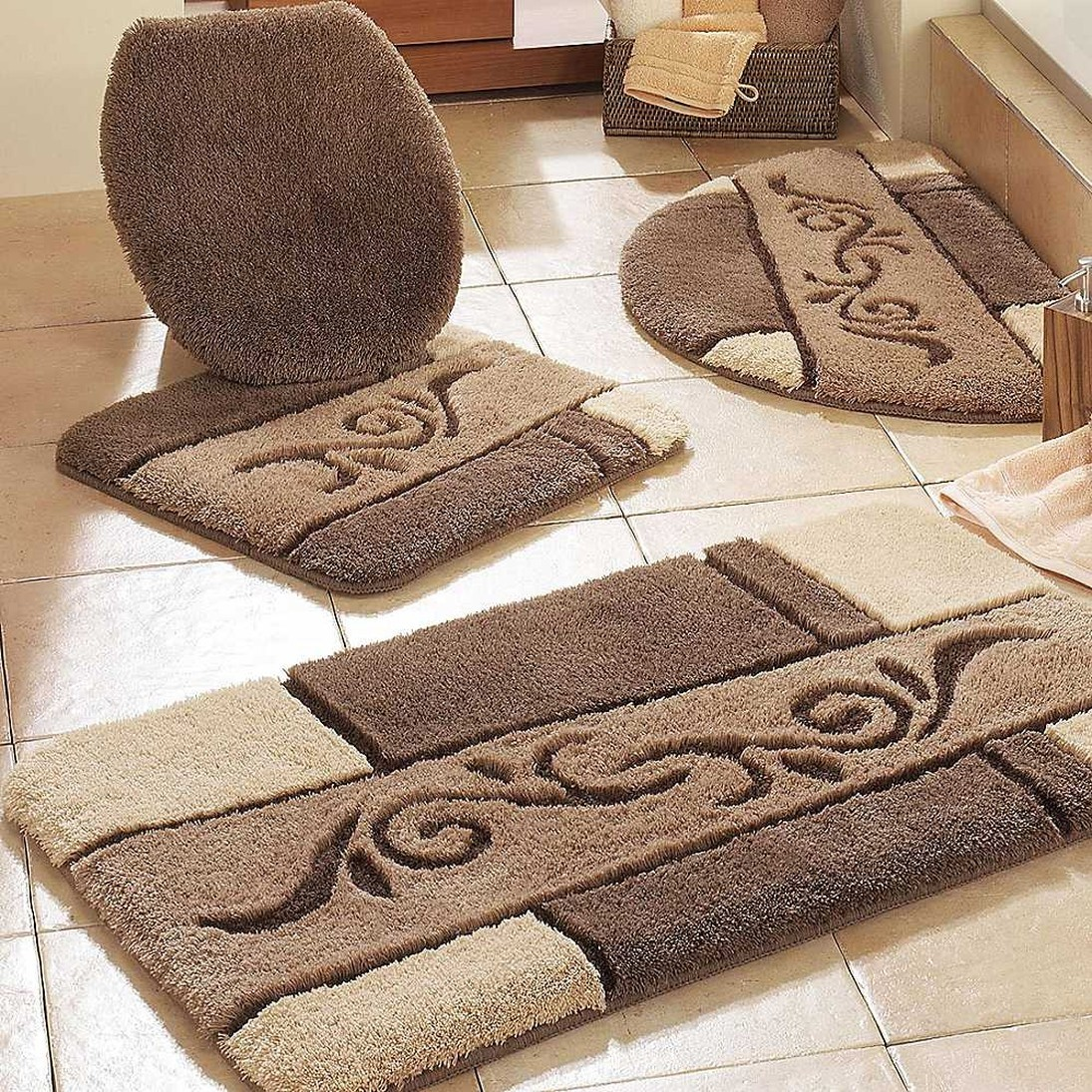 Elegant Designer Bath Rugs And Mats