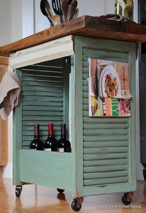 Outdoor mini bar
