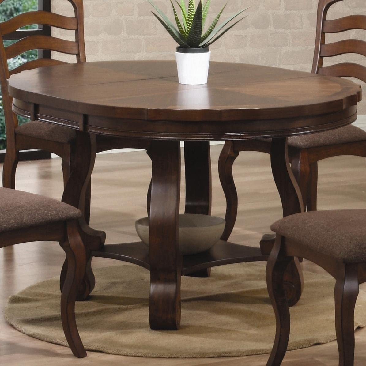 Round Dining Table With Butterfly Leaf 1