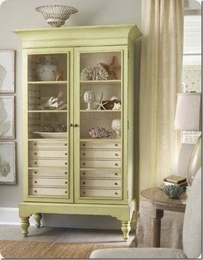 Linen cabinet with drawers