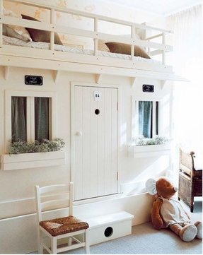 Loft bed with bed underneath