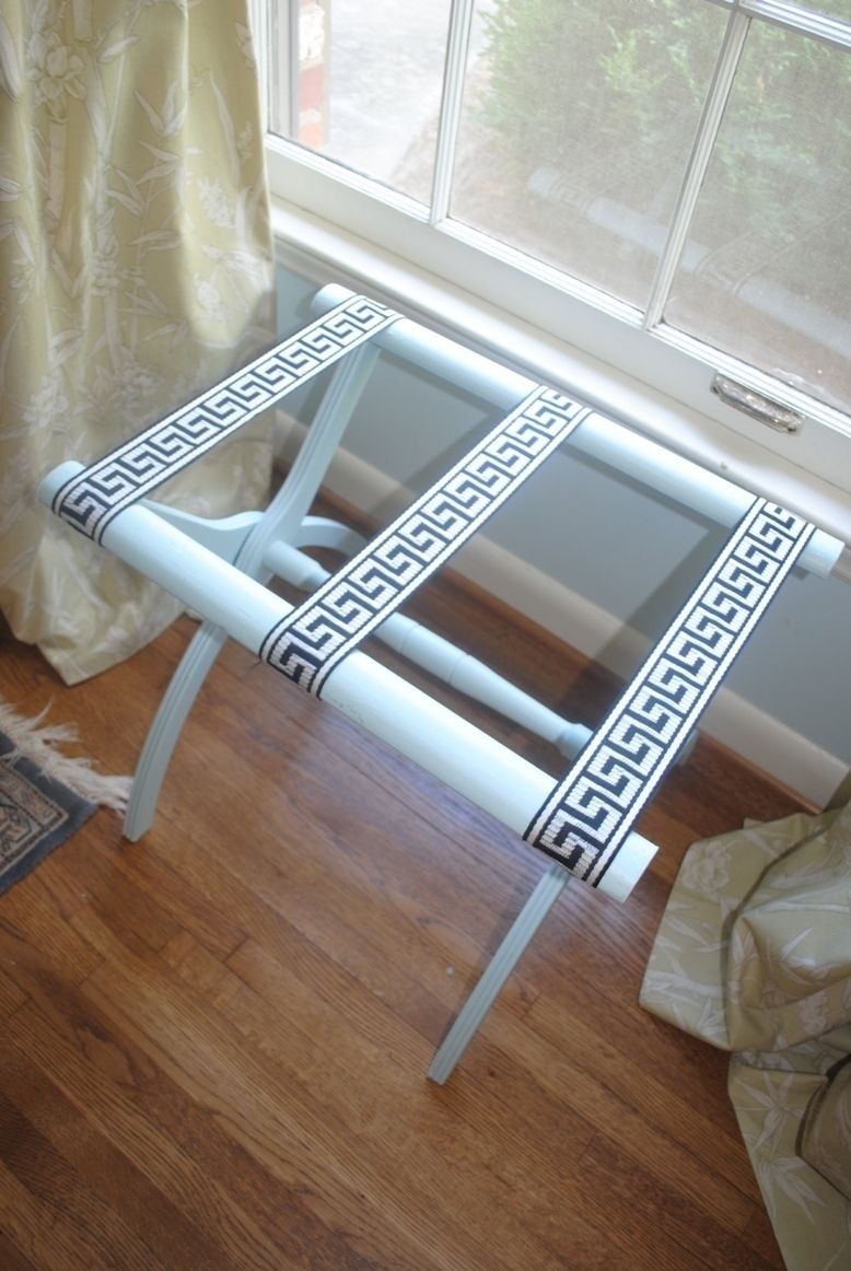 Perfect Luggage Racks For Bedroom