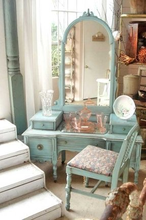 Old Fashioned Bedroom Furniture - Ideas on Foter