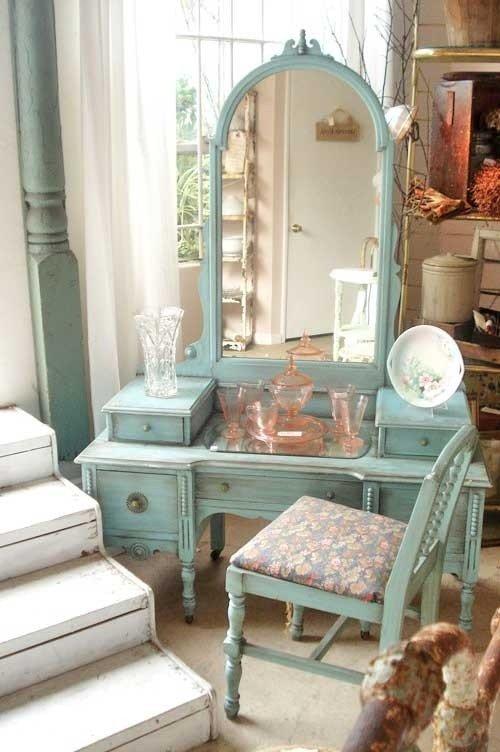 Old Fashioned Bedroom Furniture