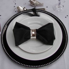 Black and white charger plates 29