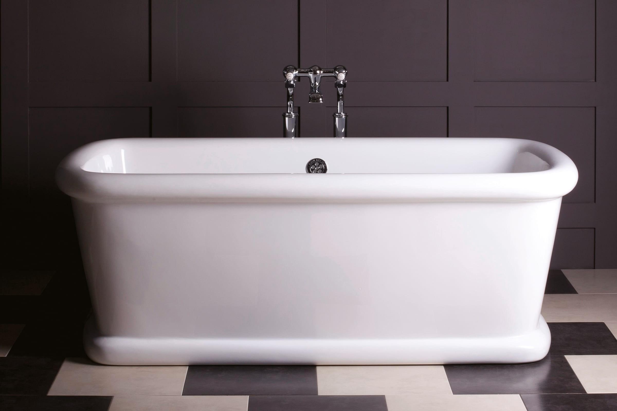 Corner Bathtub Sizes   Ideas On Foter