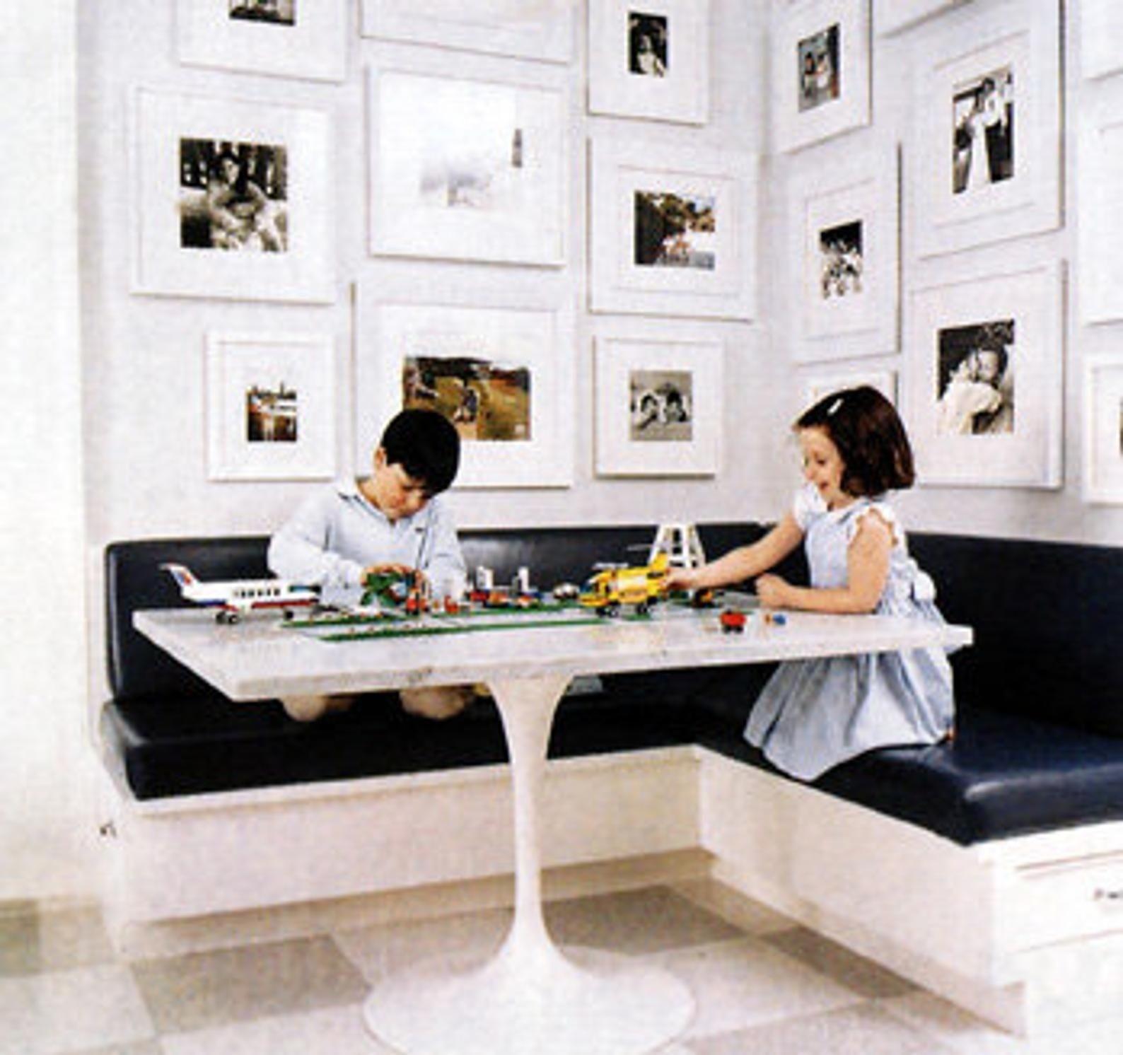 Kitchen Corner Table Set & Corner Kitchen Table With