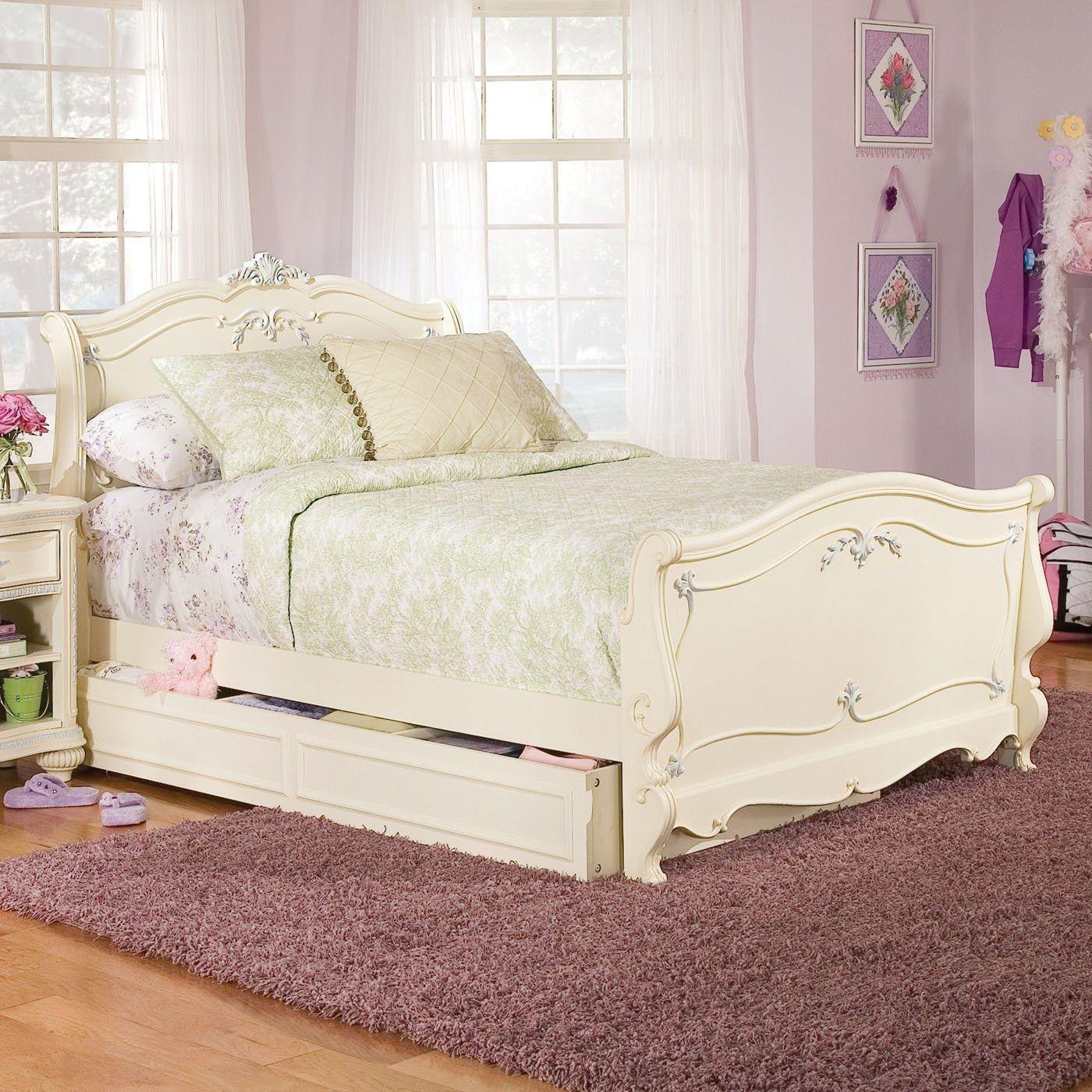 Jessica Mcclintock Bed