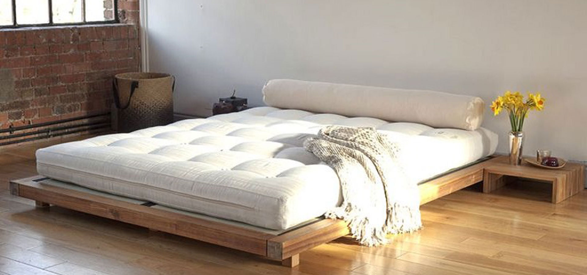 Low headboard king beds
