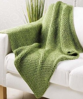 Patterned throw blankets