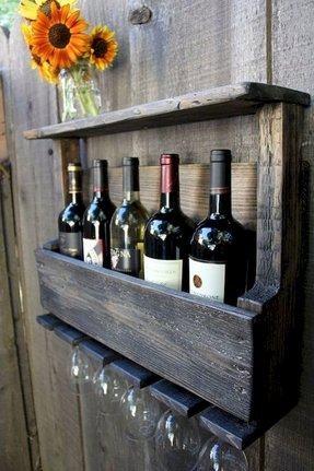 Reclaimed pallet wood rustic wine rack
