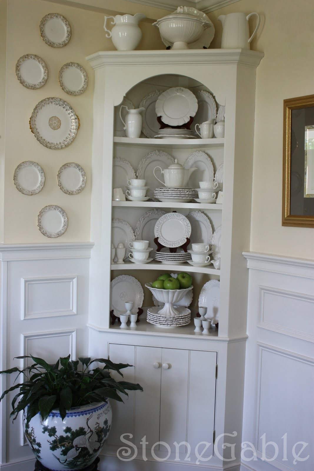 Small corner cabinets dining room