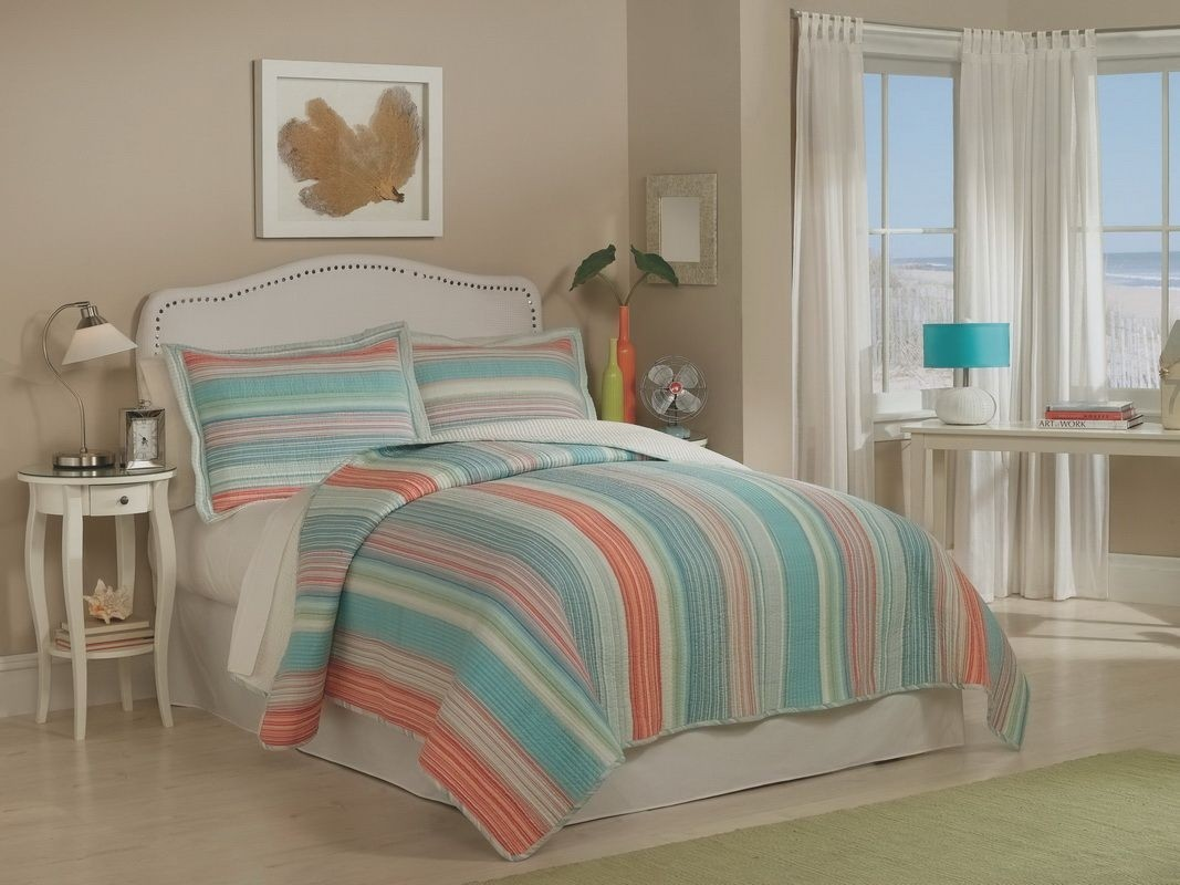 Retro Chic Amagansett Quilt Set
