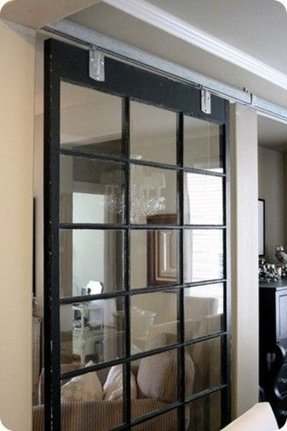 Room divider with mirror
