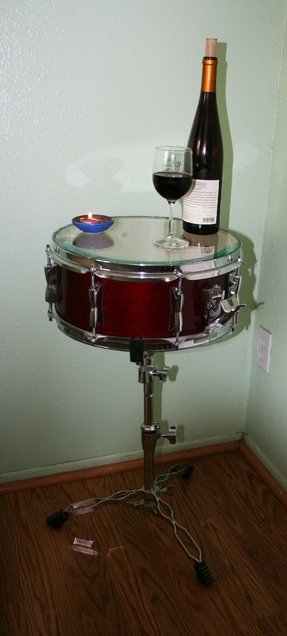 Snare drum table