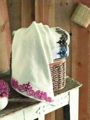 Flower Butterfly Design Light Pink Embroidered Cotton Bath Towel