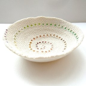 Porcelain fruit bowl