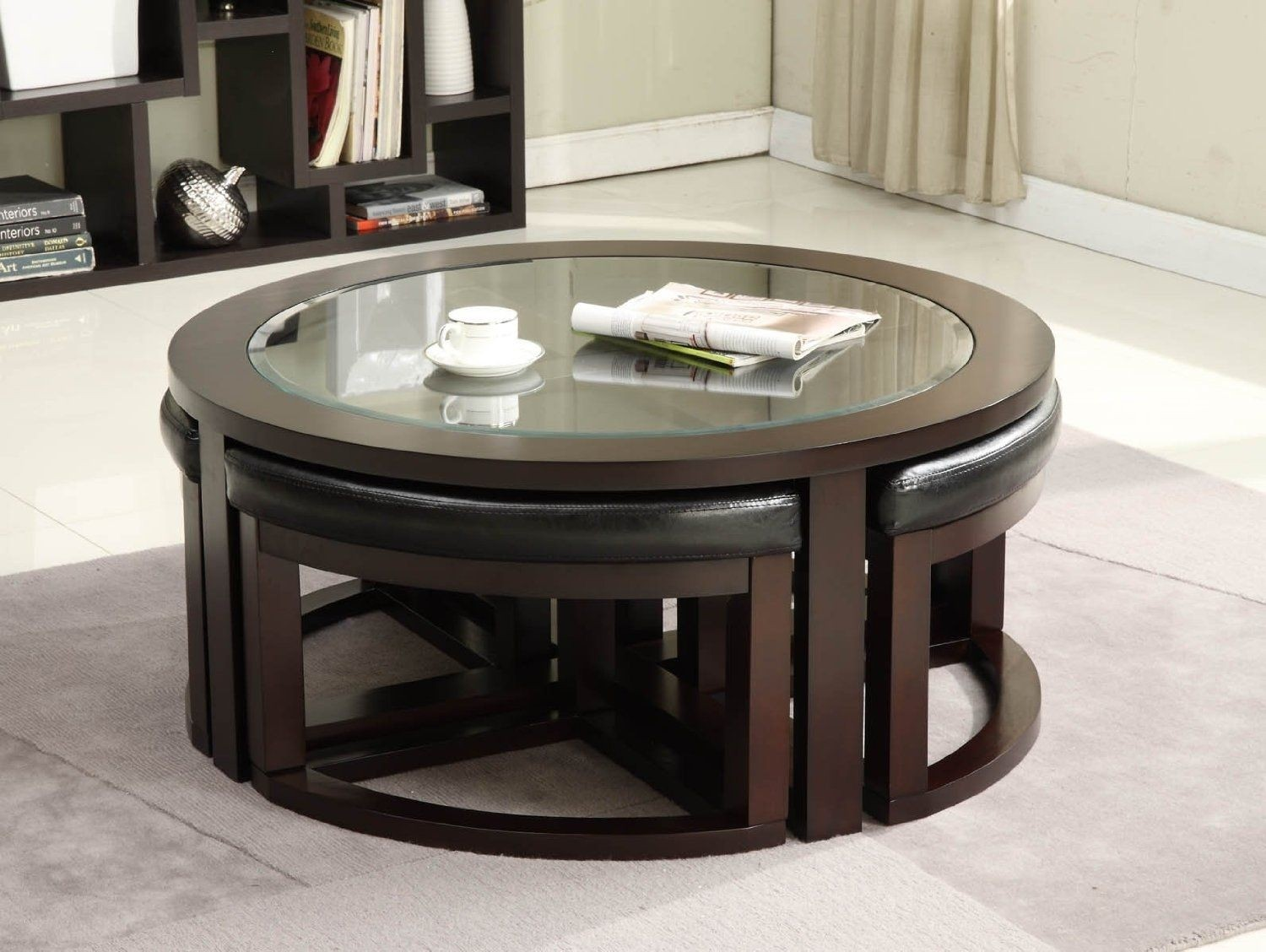 Attrayant Round Cocktail Table With 4 Stools