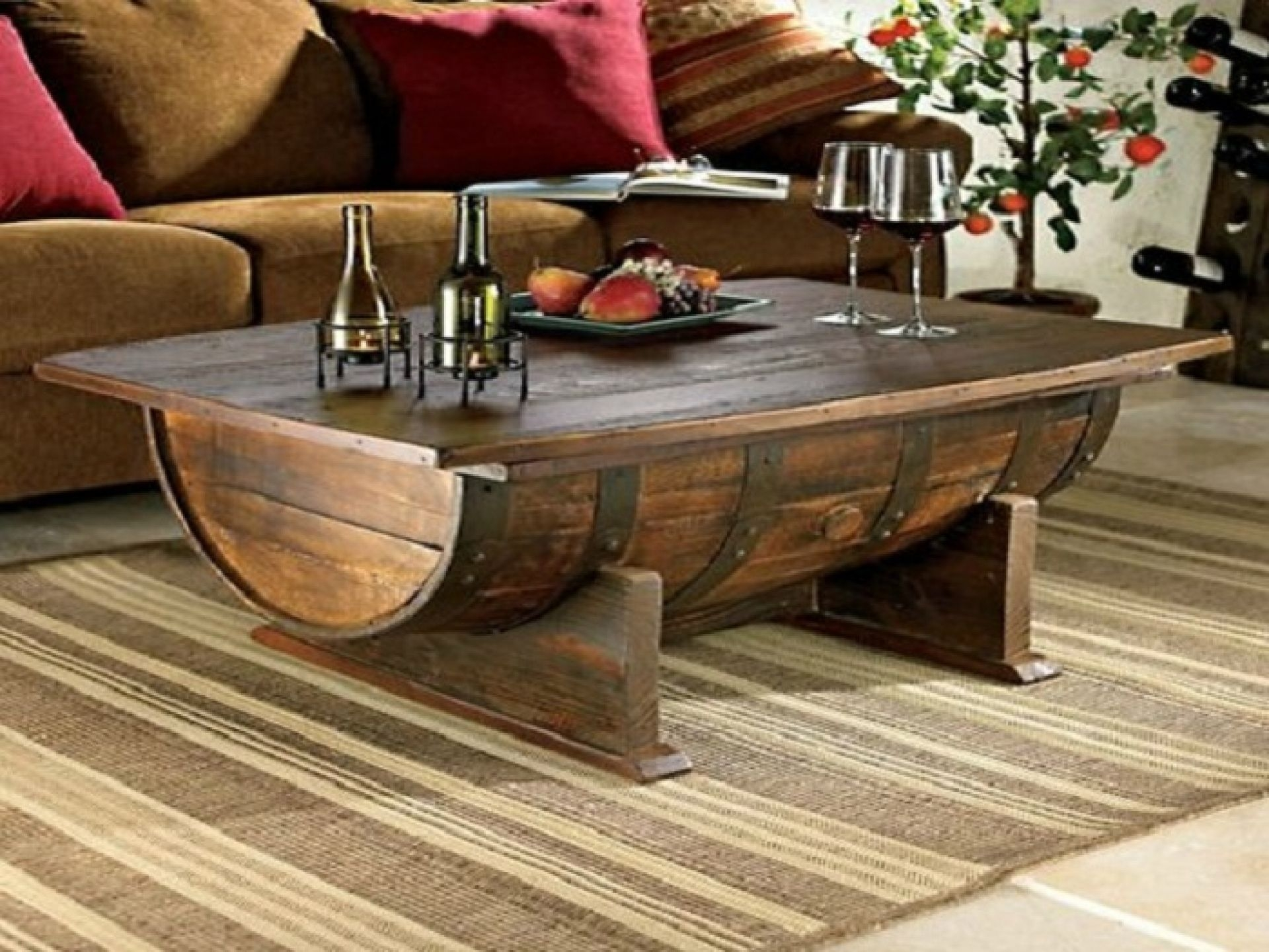 Charmant Rustic Chest Coffee Table