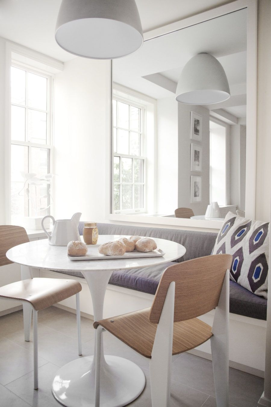 Modern Breakfast Nook