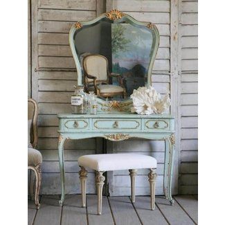 Shabby chic vanity table