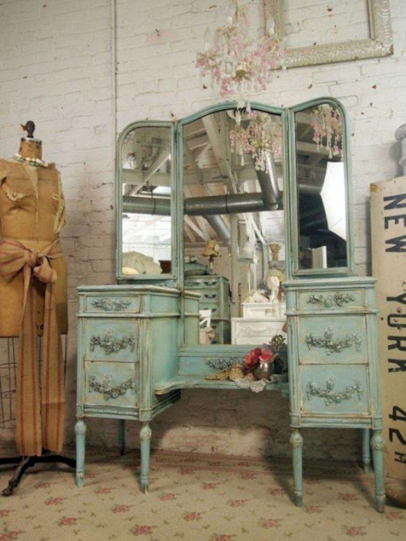 Beau Vintage Vanity For Sale