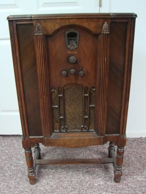 Wood Stereo Cabinet 13