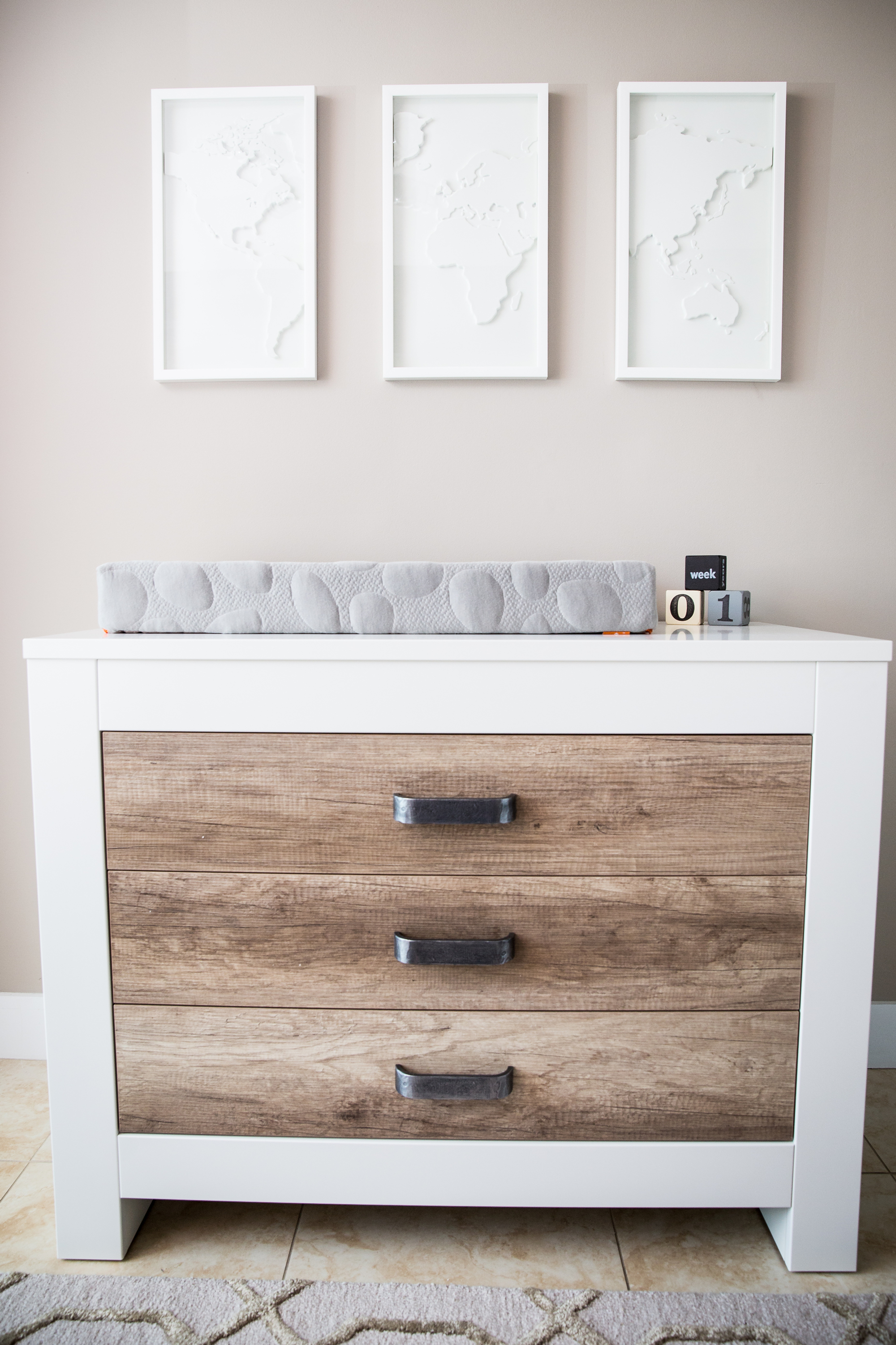 Baby Changing Tables With Drawers 1