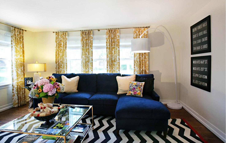 Superbe Blue Sofa Decor