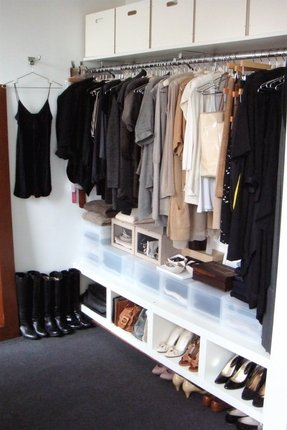 Wardrobe with hanging rod 1