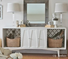 White console table with baskets 9