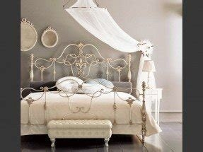White wrought iron headboard queen 1