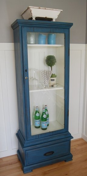 Wine glass display case 1