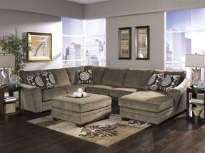 Sectional sofa with ottoman