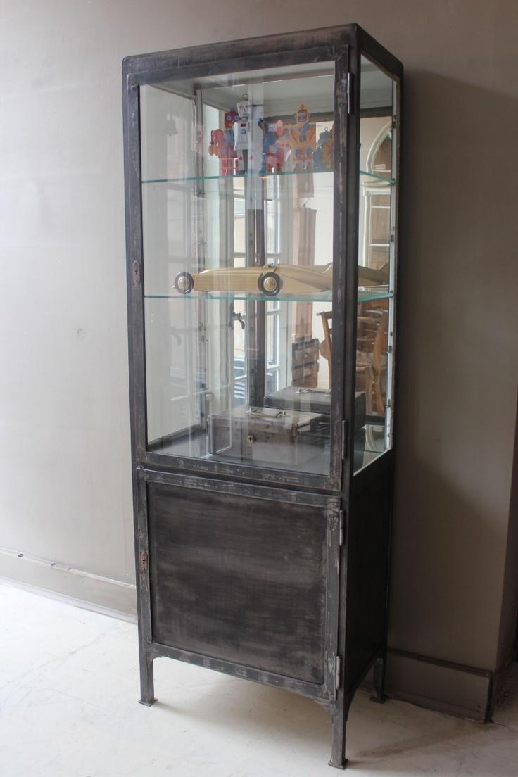 Merveilleux Glass Metal Curio Cabinets 6
