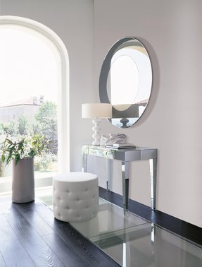Need some ideas for your beauty vanity table click here