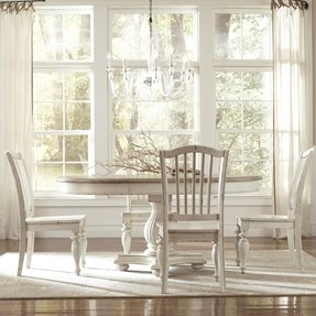 Round dining table set with leaf 1