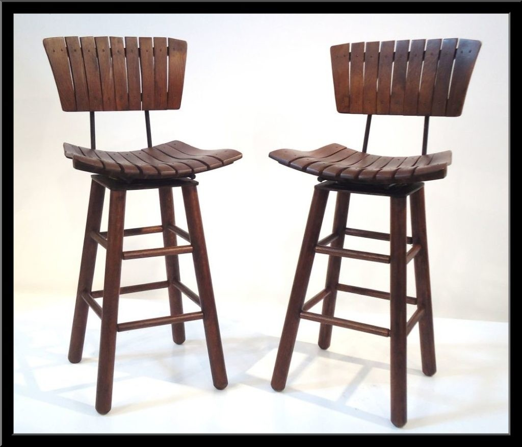 Superbe Rustic Outdoor Bar Stool 22