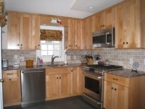 Maple Cabinets - Ideas on Foter on Kitchen Backsplash Ideas With Maple Cabinets  id=82649