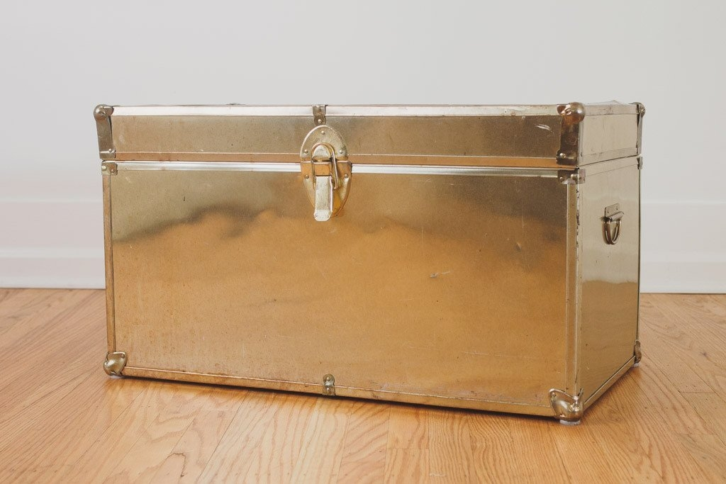 Superieur Steamer Trunk Coffee Table For Sale